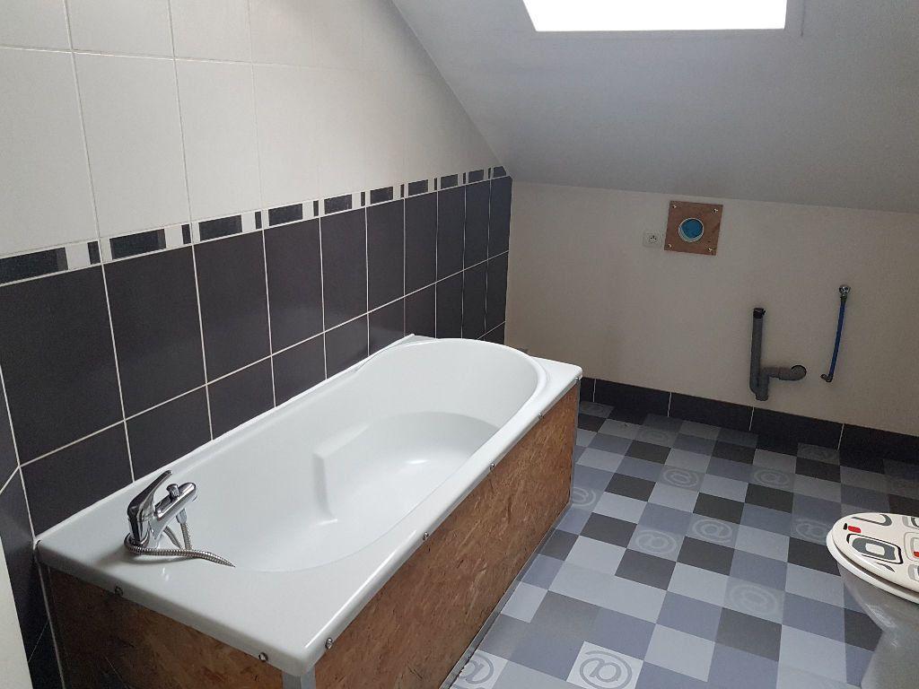 Appartement à louer 4 60.17m2 à Le Havre vignette-3