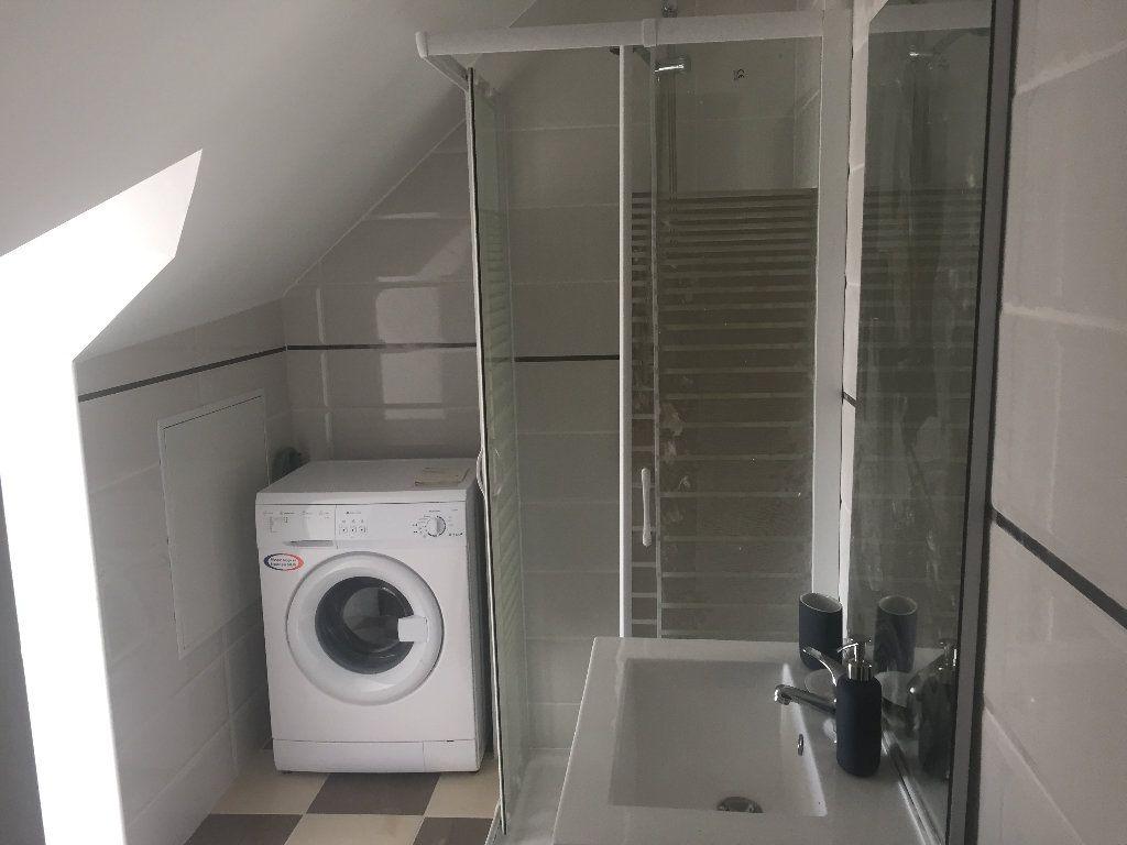 Appartement à louer 2 38m2 à Lillebonne vignette-4