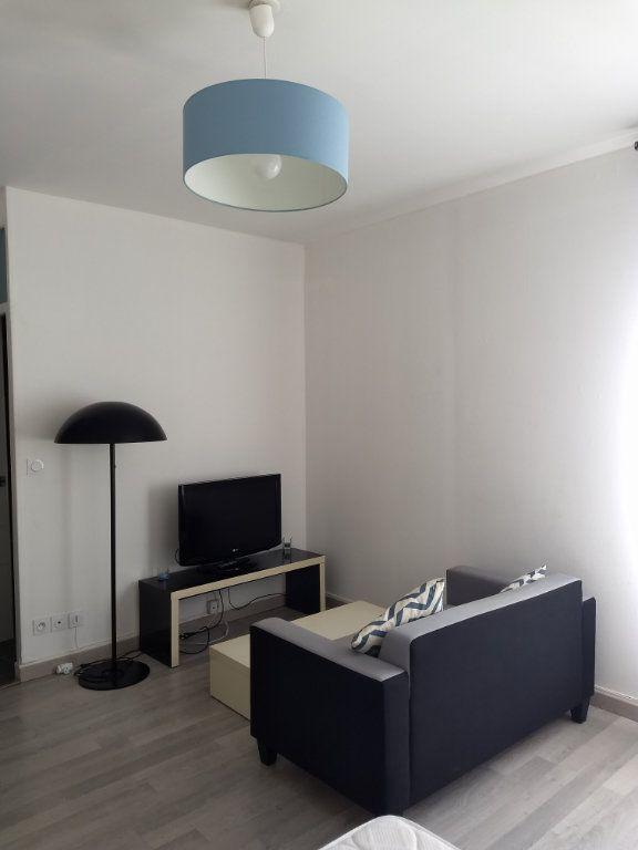 Appartement à louer 1 24.8m2 à Le Havre vignette-1