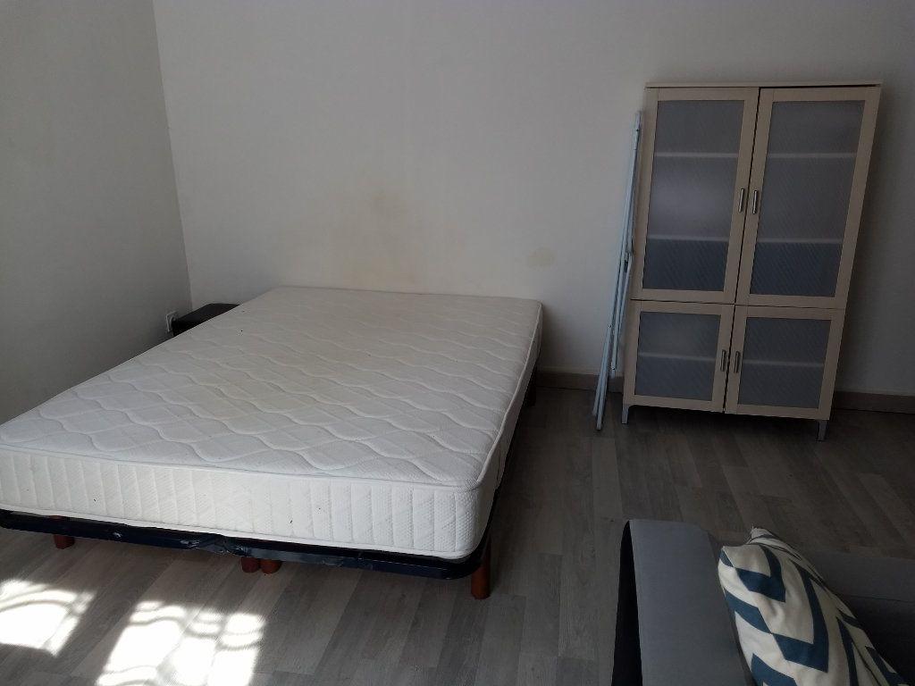 Appartement à louer 1 24.8m2 à Le Havre vignette-5
