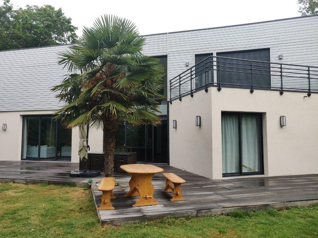 Maison à louer 6 294.15m2 à Le Havre vignette-8