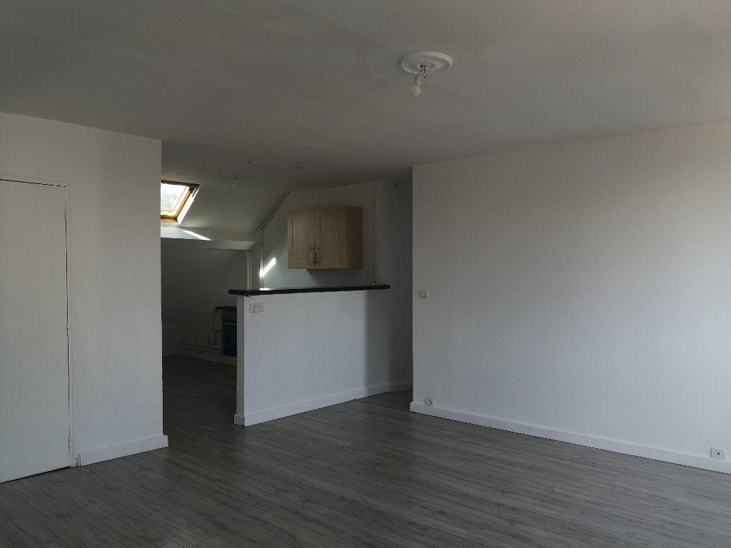Appartement à louer 4 75.75m2 à Le Havre vignette-3
