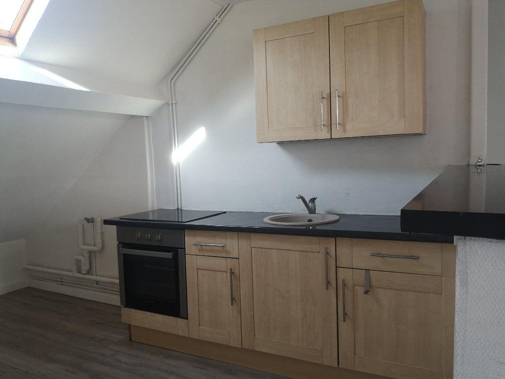 Appartement à louer 4 75.75m2 à Le Havre vignette-4