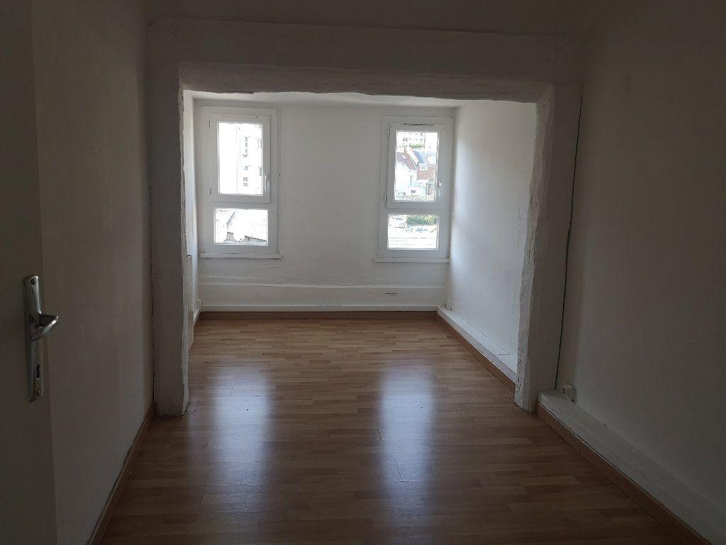 Appartement à louer 4 75.75m2 à Le Havre vignette-6