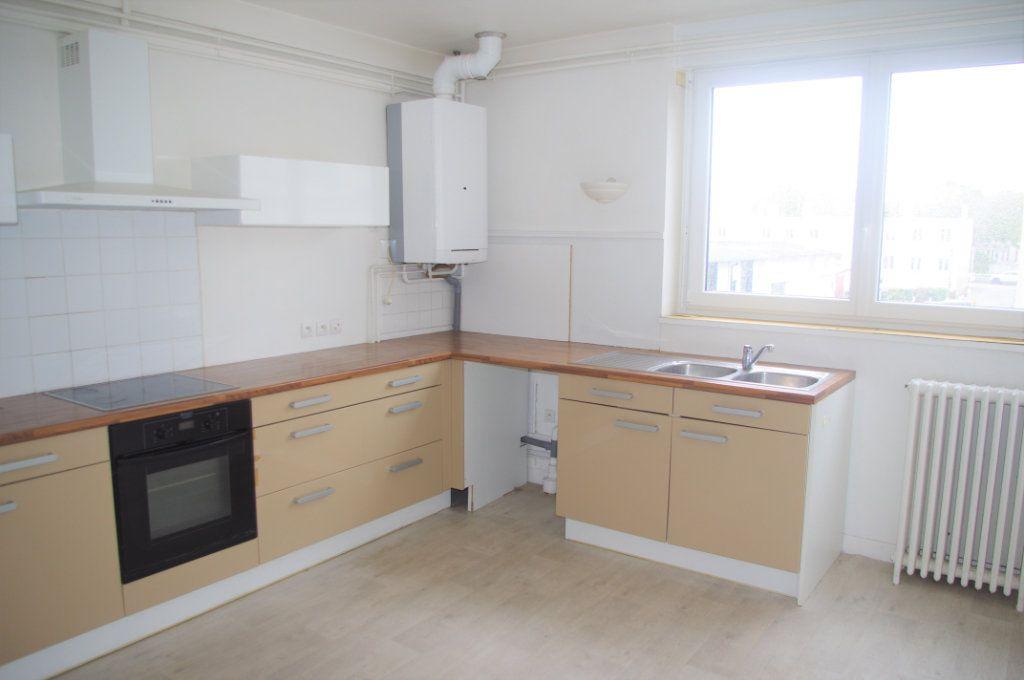 Appartement à vendre 4 115.54m2 à Le Havre vignette-2