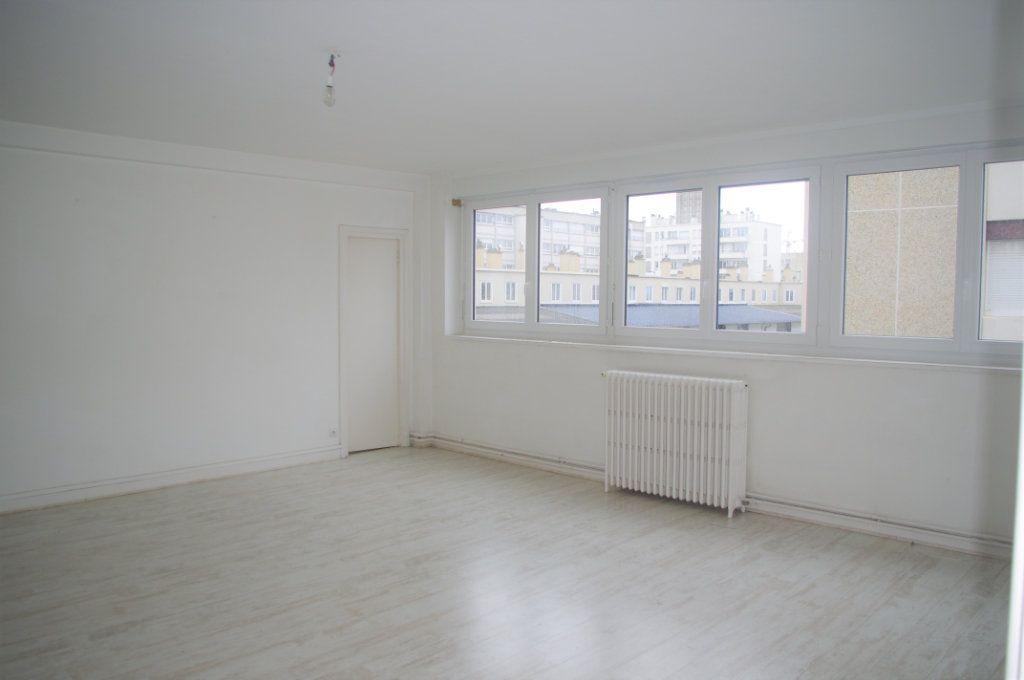 Appartement à vendre 4 115.54m2 à Le Havre vignette-3
