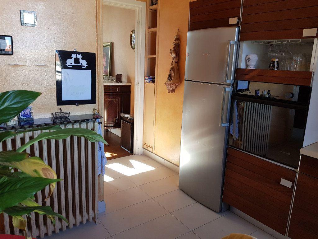 Maison à vendre 5 125.7m2 à Le Havre vignette-5