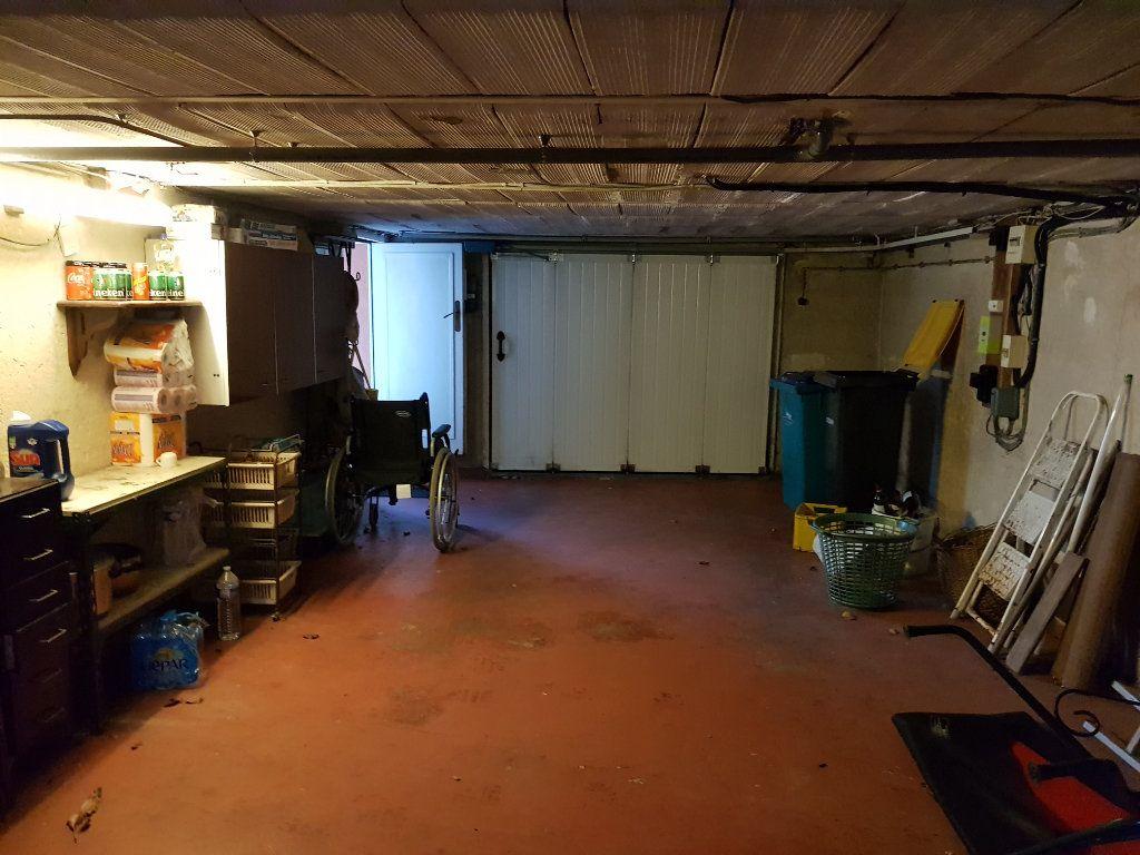 Maison à vendre 5 125.7m2 à Le Havre vignette-9