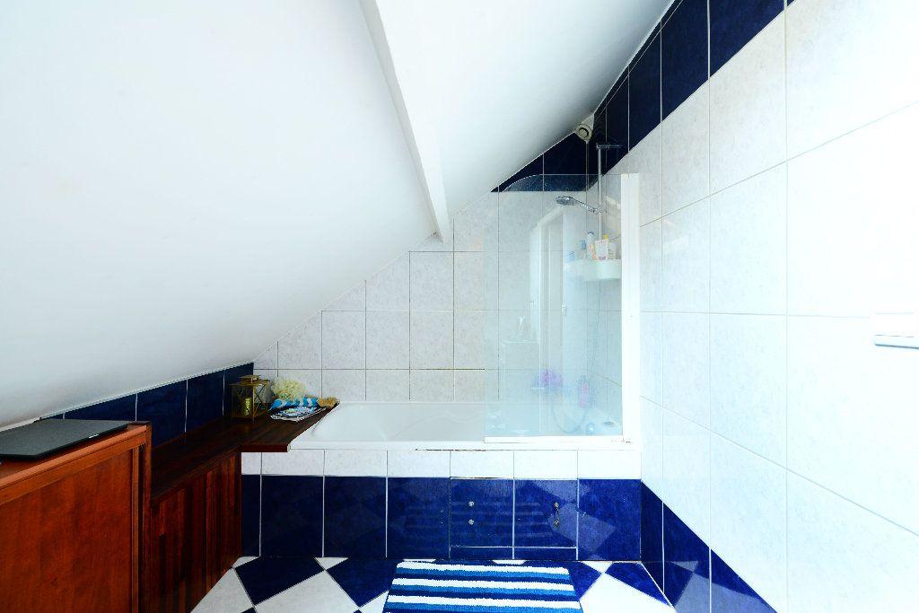 Maison à vendre 5 92m2 à Le Havre vignette-9