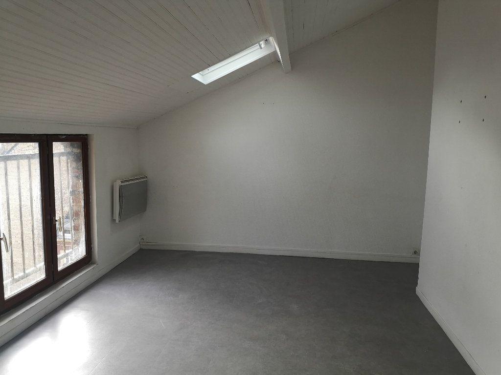 Appartement à louer 3 47.4m2 à Le Havre vignette-1