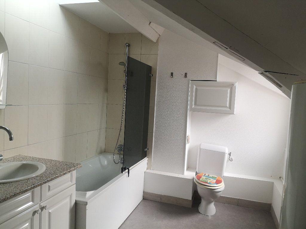 Appartement à louer 3 47.4m2 à Le Havre vignette-3