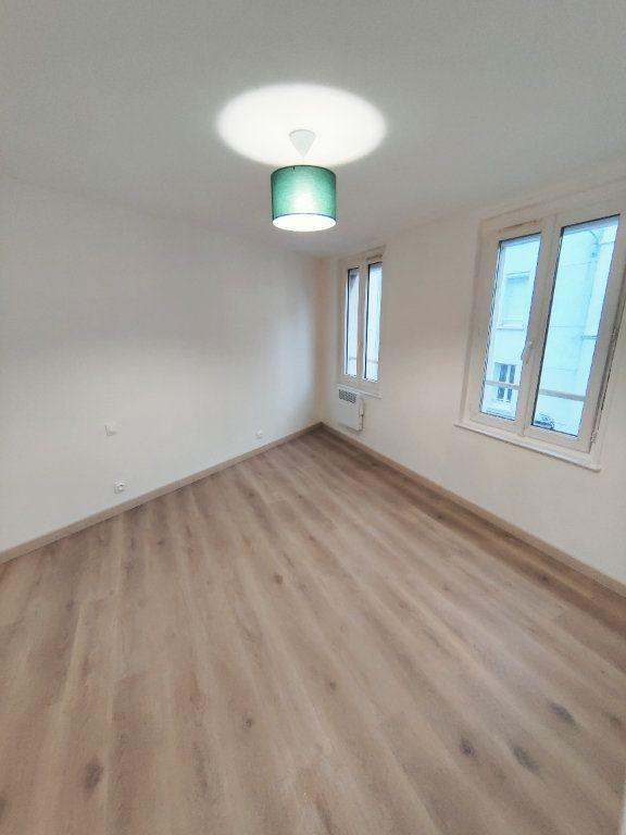 Appartement à louer 2 35.8m2 à Le Havre vignette-2