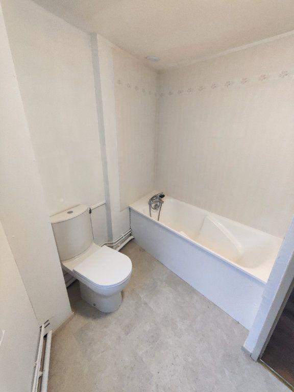 Appartement à louer 2 35.8m2 à Le Havre vignette-3