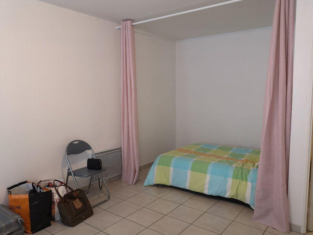 Appartement à louer 1 33m2 à Le Havre vignette-2