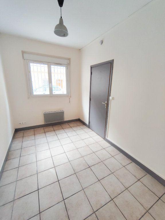 Appartement à louer 2 31.94m2 à Le Havre vignette-3