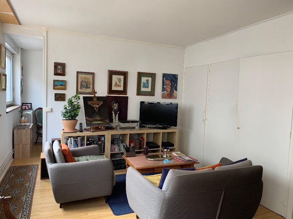 Appartement à louer 2 51.21m2 à Le Havre vignette-2