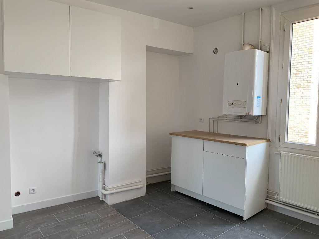 Appartement à louer 1 27.92m2 à Le Havre vignette-1