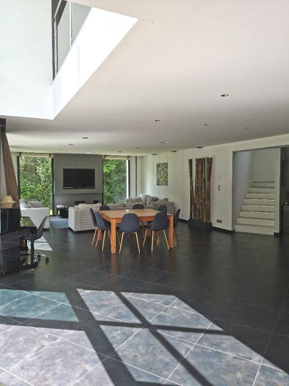 Maison à vendre 7 284m2 à Saint-Martin-du-Manoir vignette-1