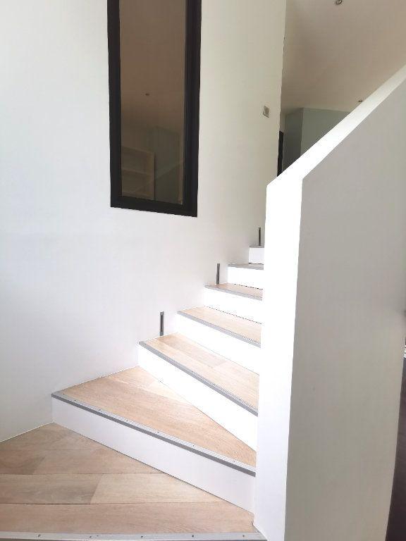Maison à vendre 7 284m2 à Saint-Martin-du-Manoir vignette-2