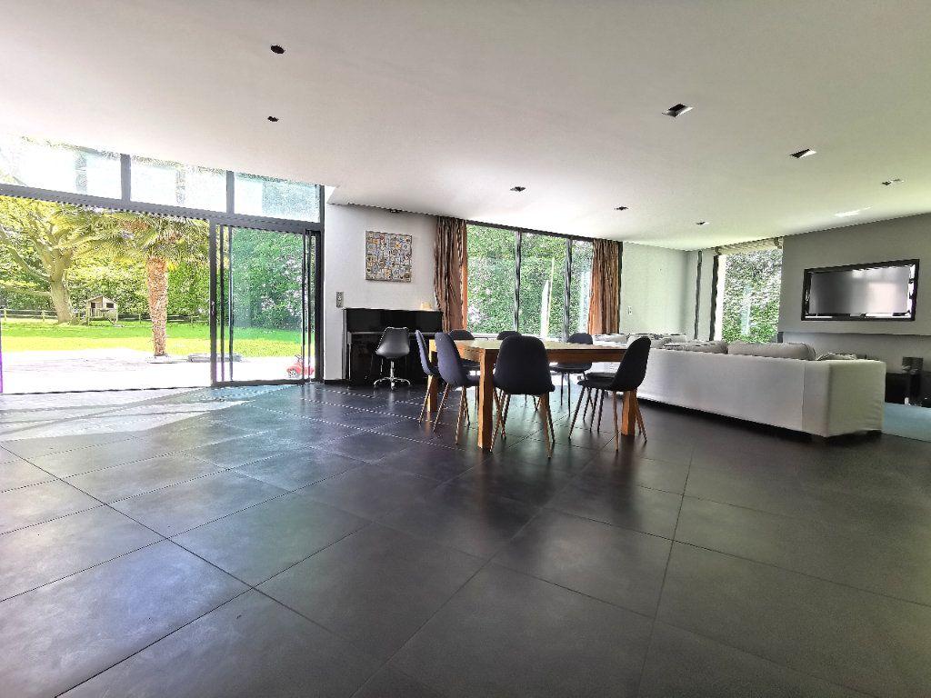 Maison à vendre 7 284m2 à Saint-Martin-du-Manoir vignette-6