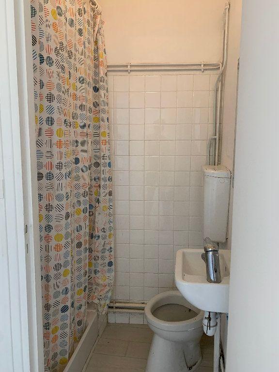 Appartement à louer 1 29m2 à Le Havre vignette-5