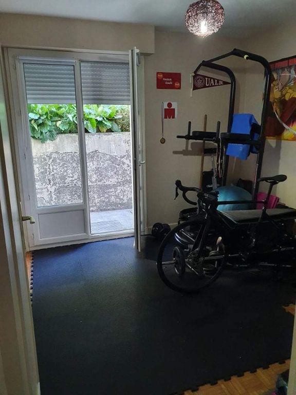 Appartement à louer 3 67.24m2 à Le Havre vignette-6