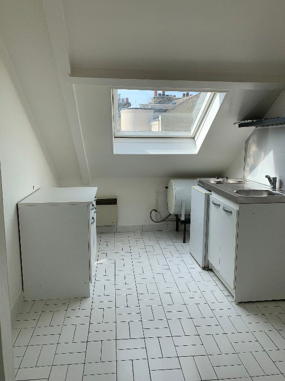 Appartement à louer 1 14m2 à Le Havre vignette-1