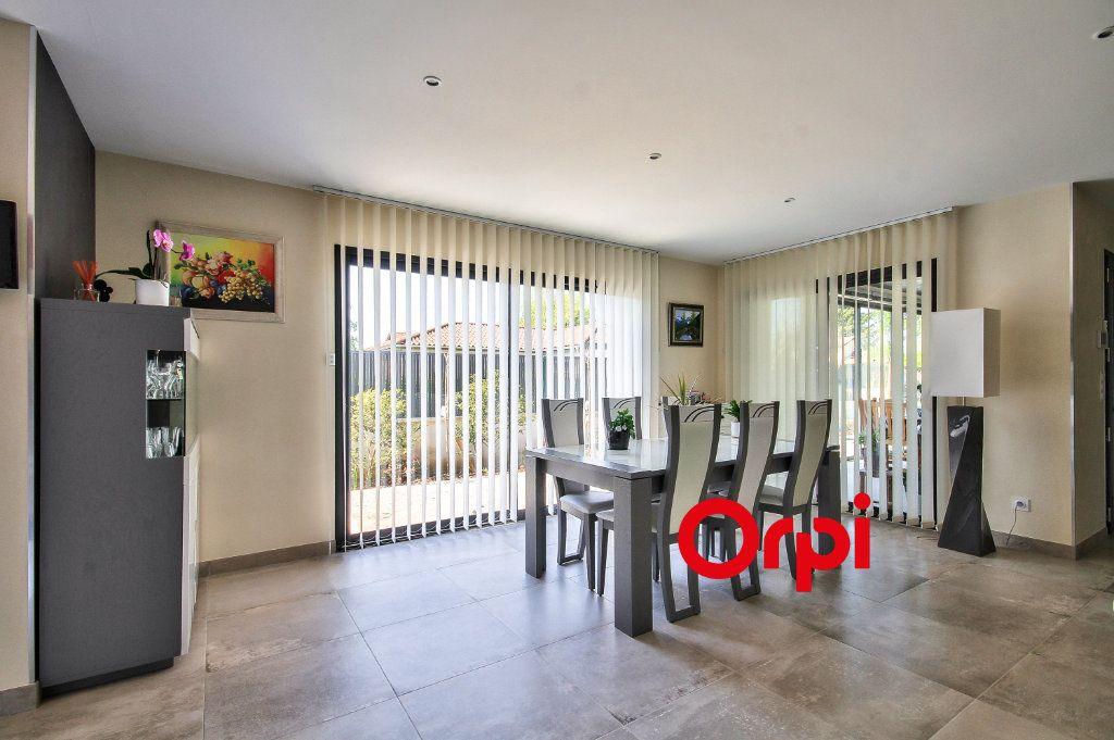 Maison à vendre 4 120m2 à Pérouges vignette-13