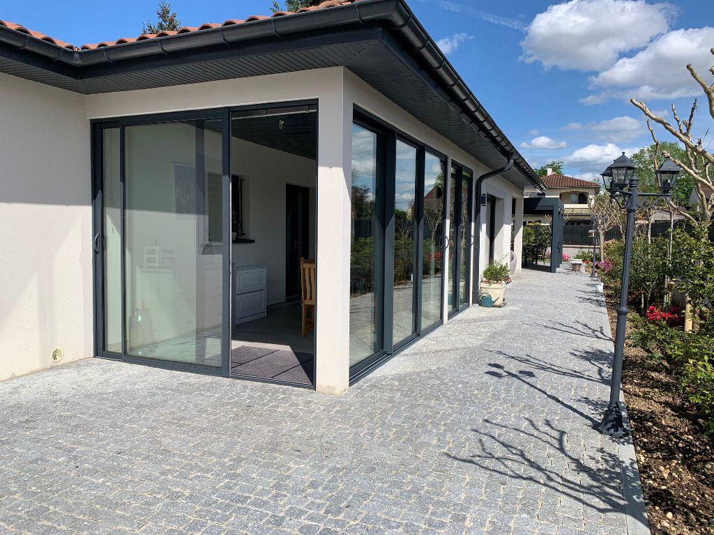 Maison à vendre 4 120m2 à Pérouges vignette-15