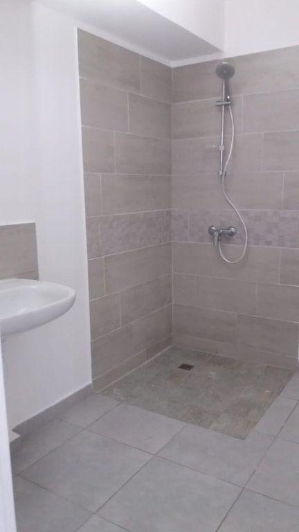 Appartement à louer 3 63.46m2 à Fort-de-France vignette-6