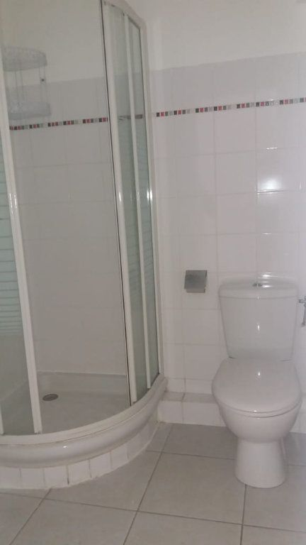 Appartement à louer 3 65.86m2 à Fort-de-France vignette-5