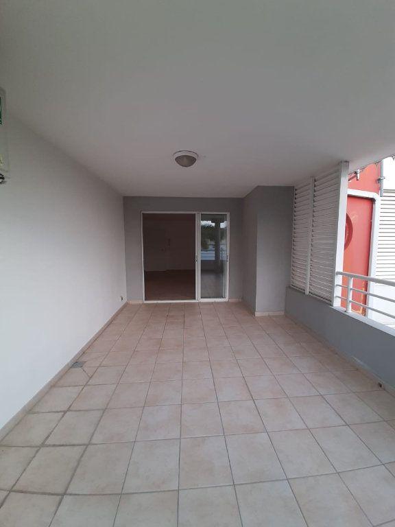 Appartement à louer 2 42.64m2 à Le Lamentin vignette-2