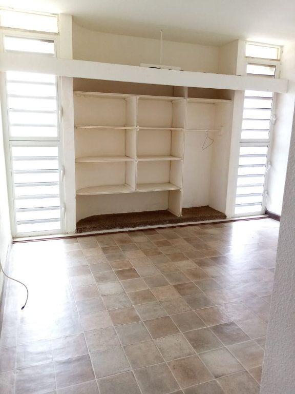 Appartement à louer 4 92.28m2 à Le Lamentin vignette-6