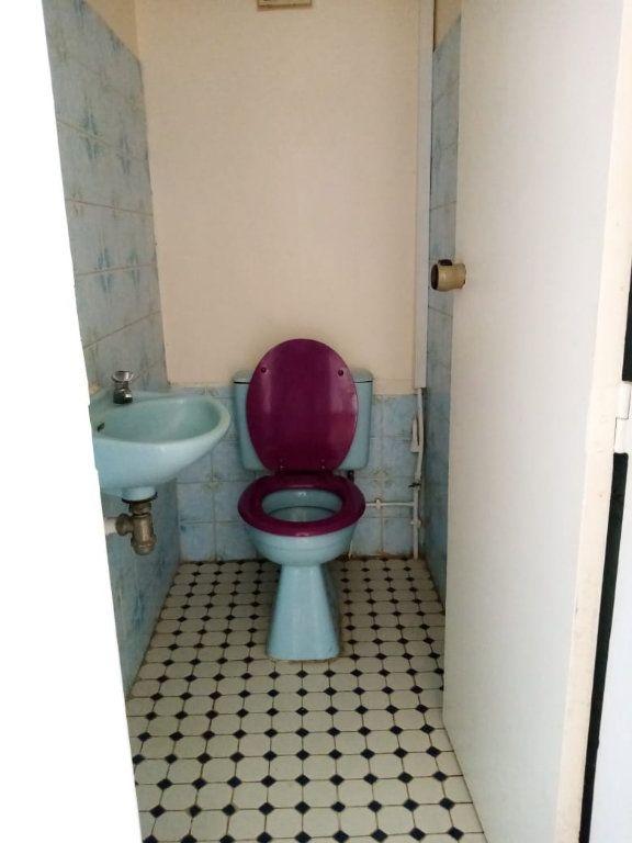 Appartement à louer 4 92.28m2 à Le Lamentin vignette-9