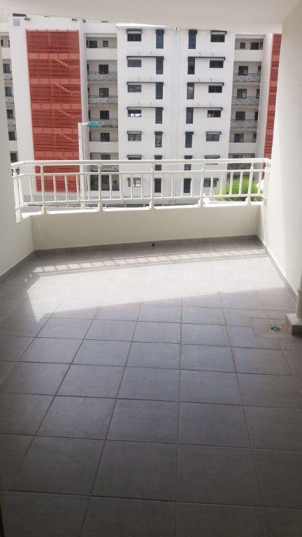 Appartement à louer 3 63.74m2 à Fort-de-France vignette-6