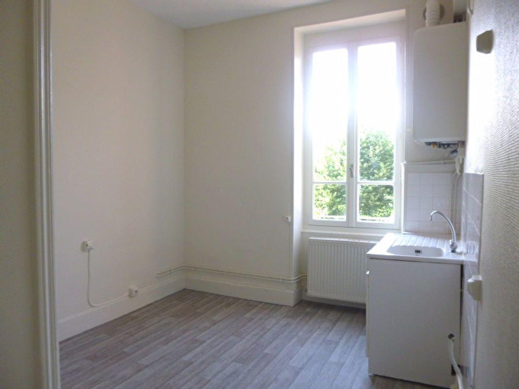 Appartement à louer 4 95m2 à Chalon-sur-Saône vignette-4