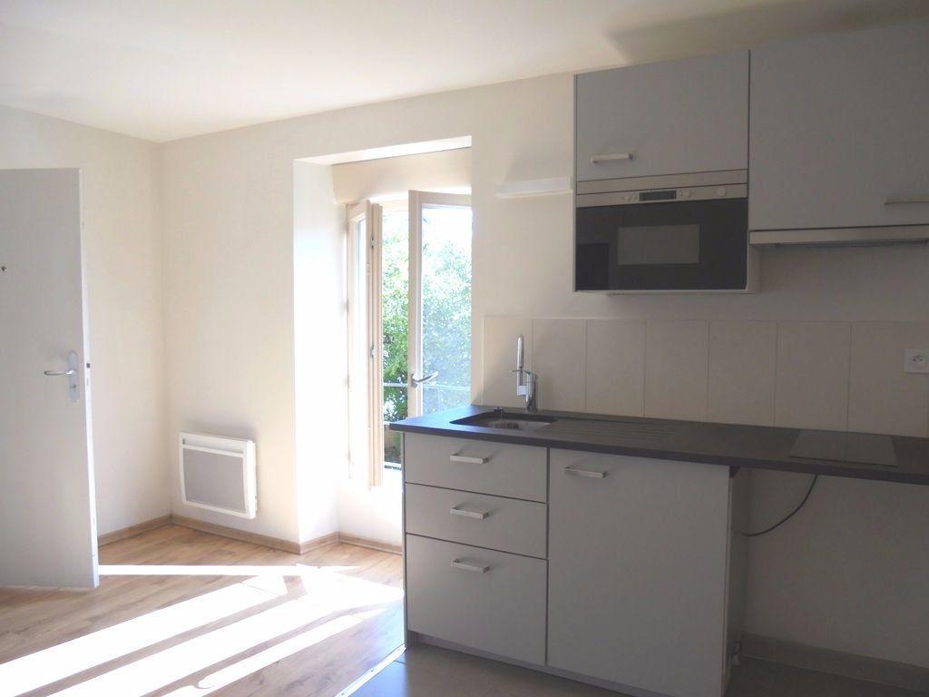 Appartement à louer 2 29m2 à Chagny vignette-1