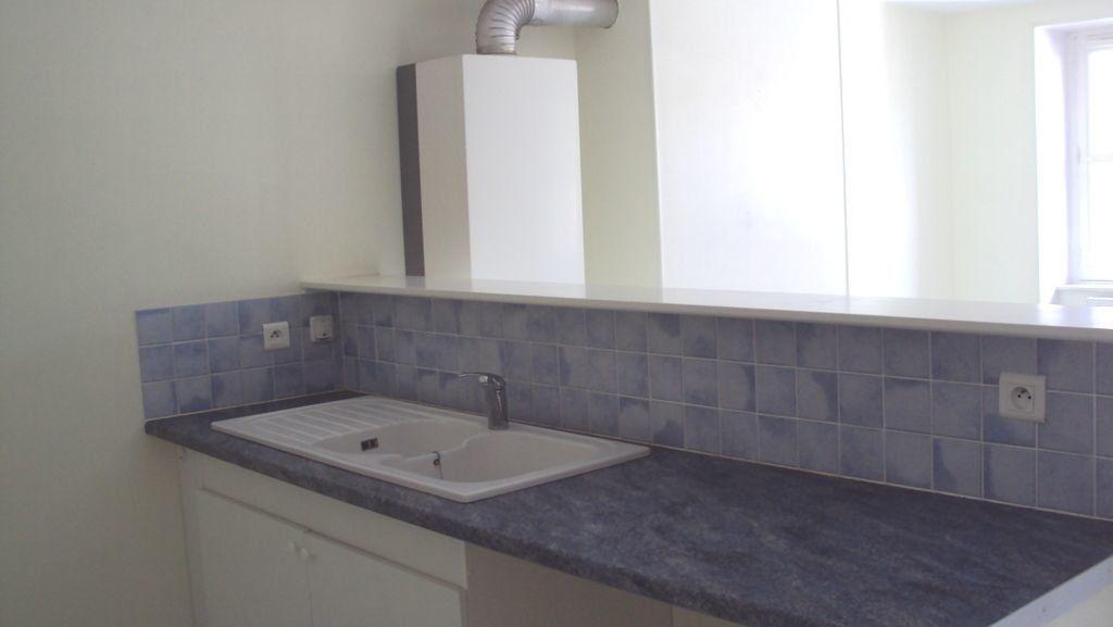 Appartement à louer 2 48m2 à Chalon-sur-Saône vignette-2