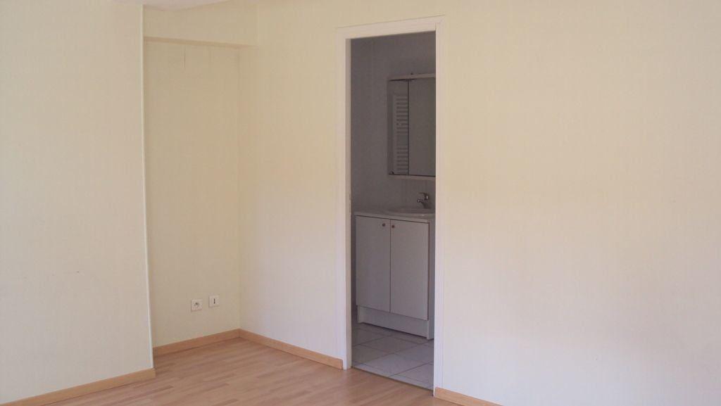 Appartement à louer 2 48m2 à Chalon-sur-Saône vignette-5