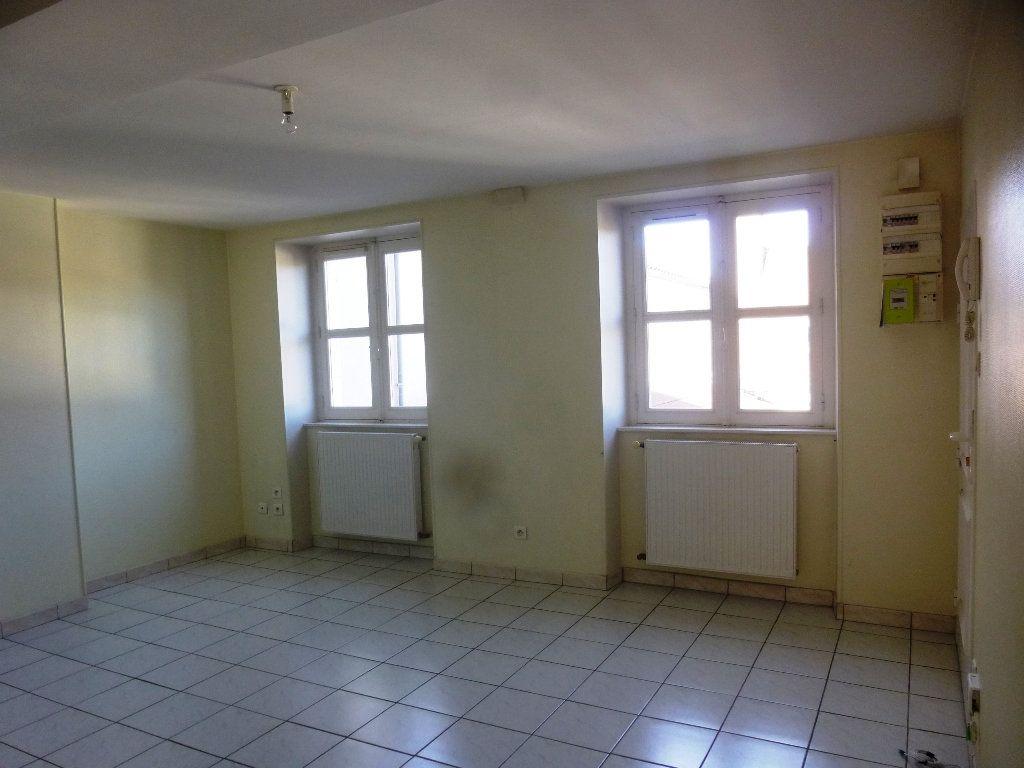 Appartement à louer 2 48m2 à Chalon-sur-Saône vignette-9