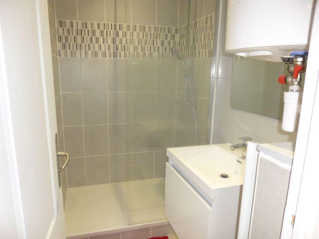 Appartement à louer 2 40m2 à Chalon-sur-Saône vignette-7