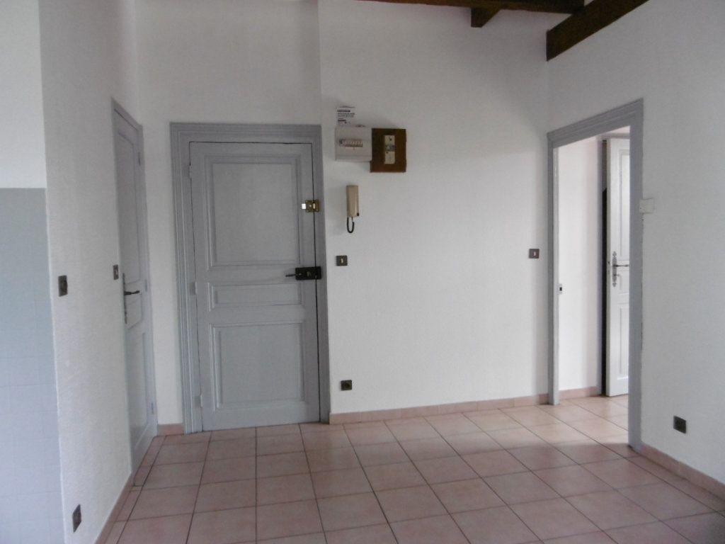 Appartement à louer 2 37m2 à Chalon-sur-Saône vignette-5