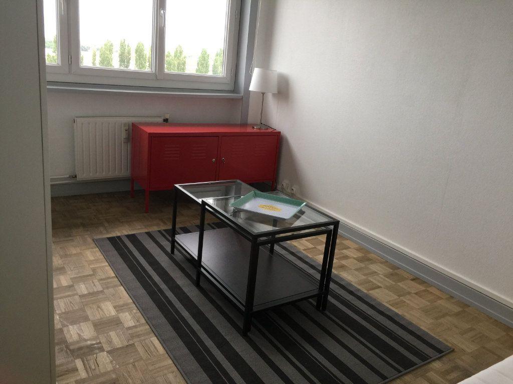 Appartement à louer 1 19.15m2 à Chalon-sur-Saône vignette-4