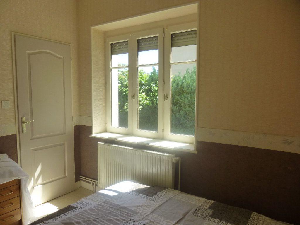 Appartement à louer 2 39m2 à Chalon-sur-Saône vignette-4