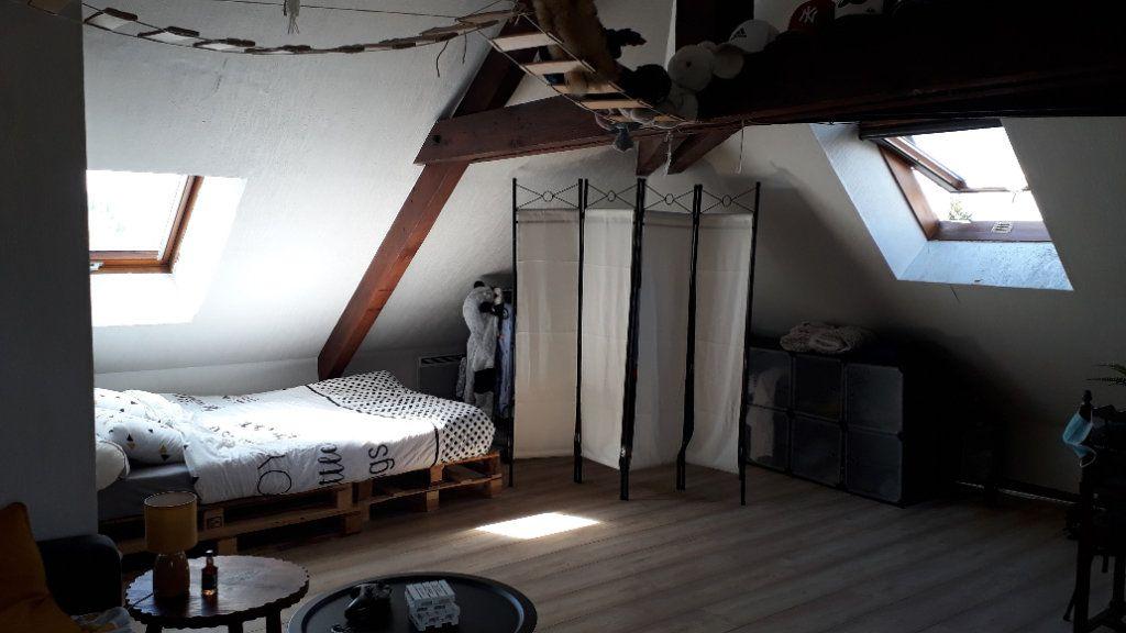 Appartement à louer 1 17m2 à Chalon-sur-Saône vignette-1