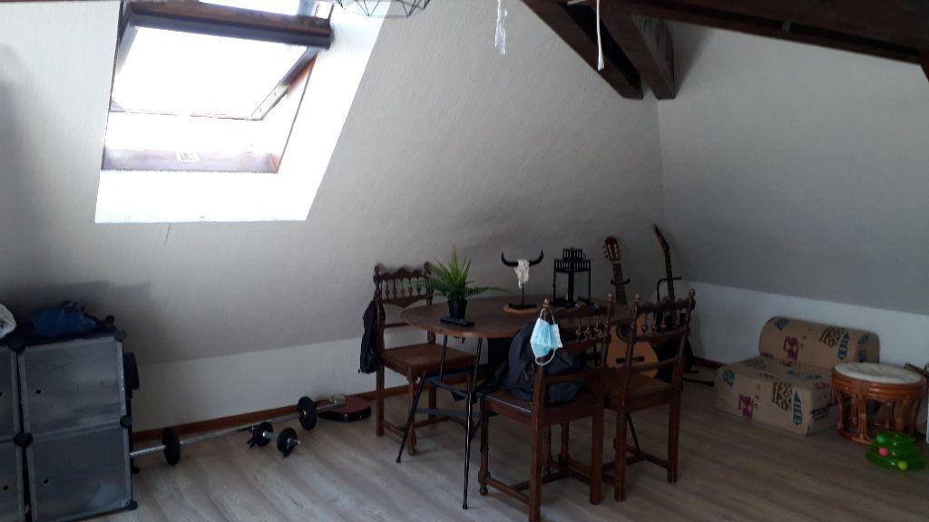 Appartement à louer 1 17m2 à Chalon-sur-Saône vignette-4