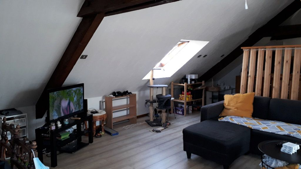 Appartement à louer 1 17m2 à Chalon-sur-Saône vignette-5