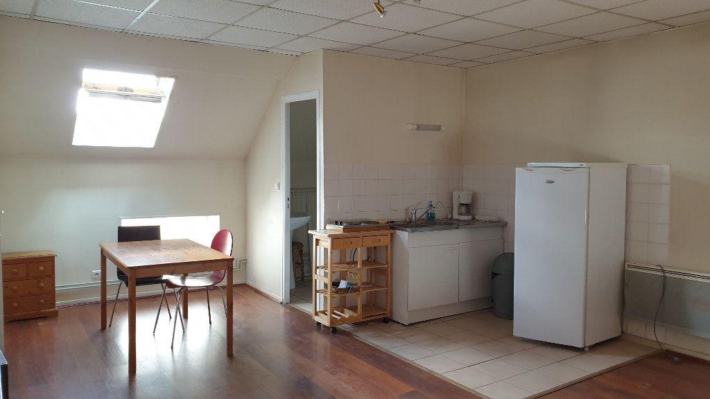 Appartement à louer 1 25m2 à Chagny vignette-1