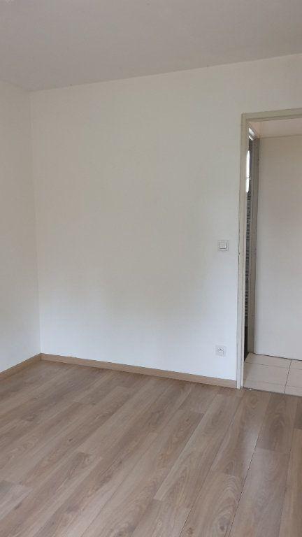 Appartement à louer 2 42.74m2 à Champforgeuil vignette-5