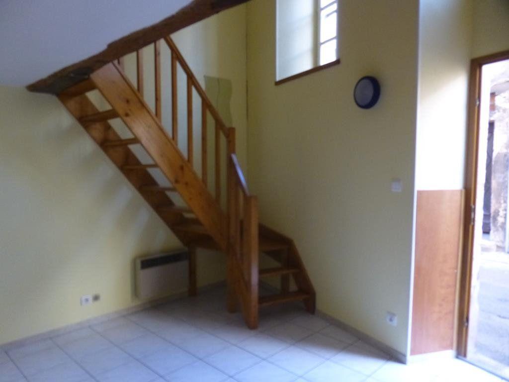 Appartement à louer 1 17.6m2 à Chalon-sur-Saône vignette-1